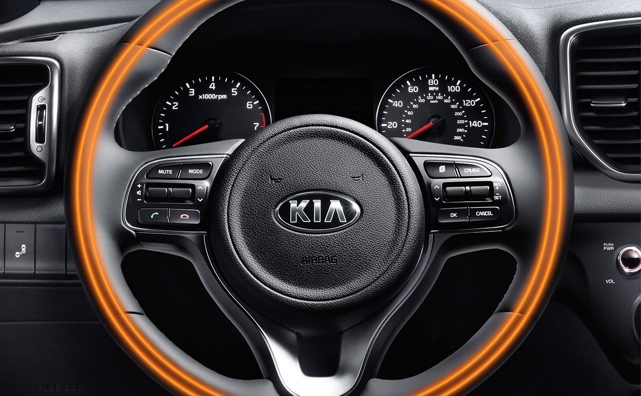 Advanced Steering Wheel-mounted Controls in the Sportage